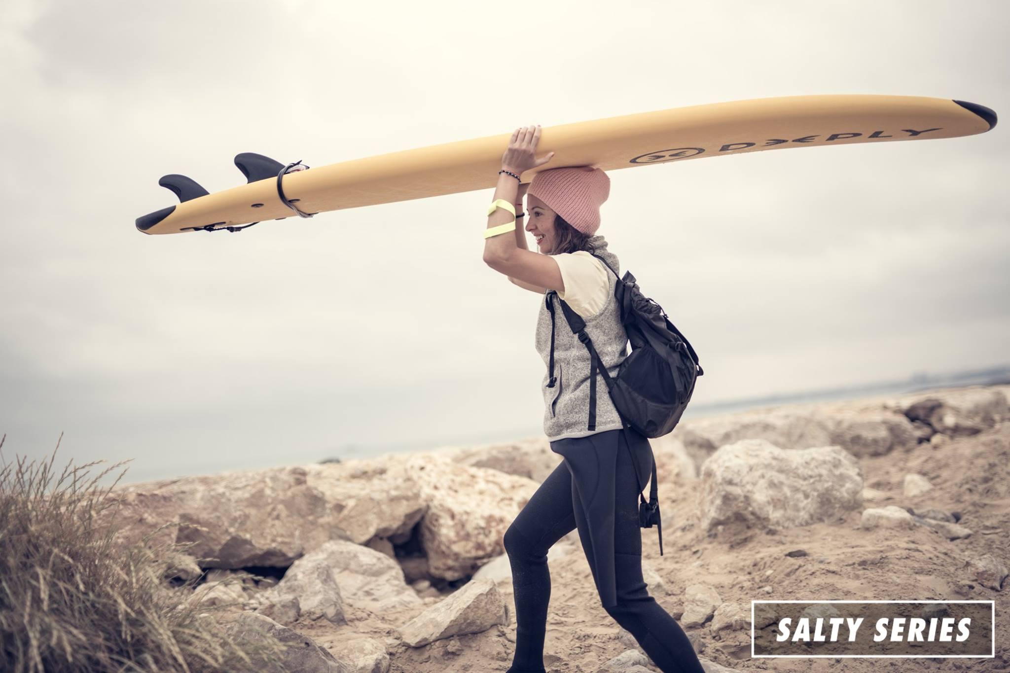 Salty Series: Nem csak egy csaj szörftábor – interjú Magyarország új csajszörf közösségének alapítóival