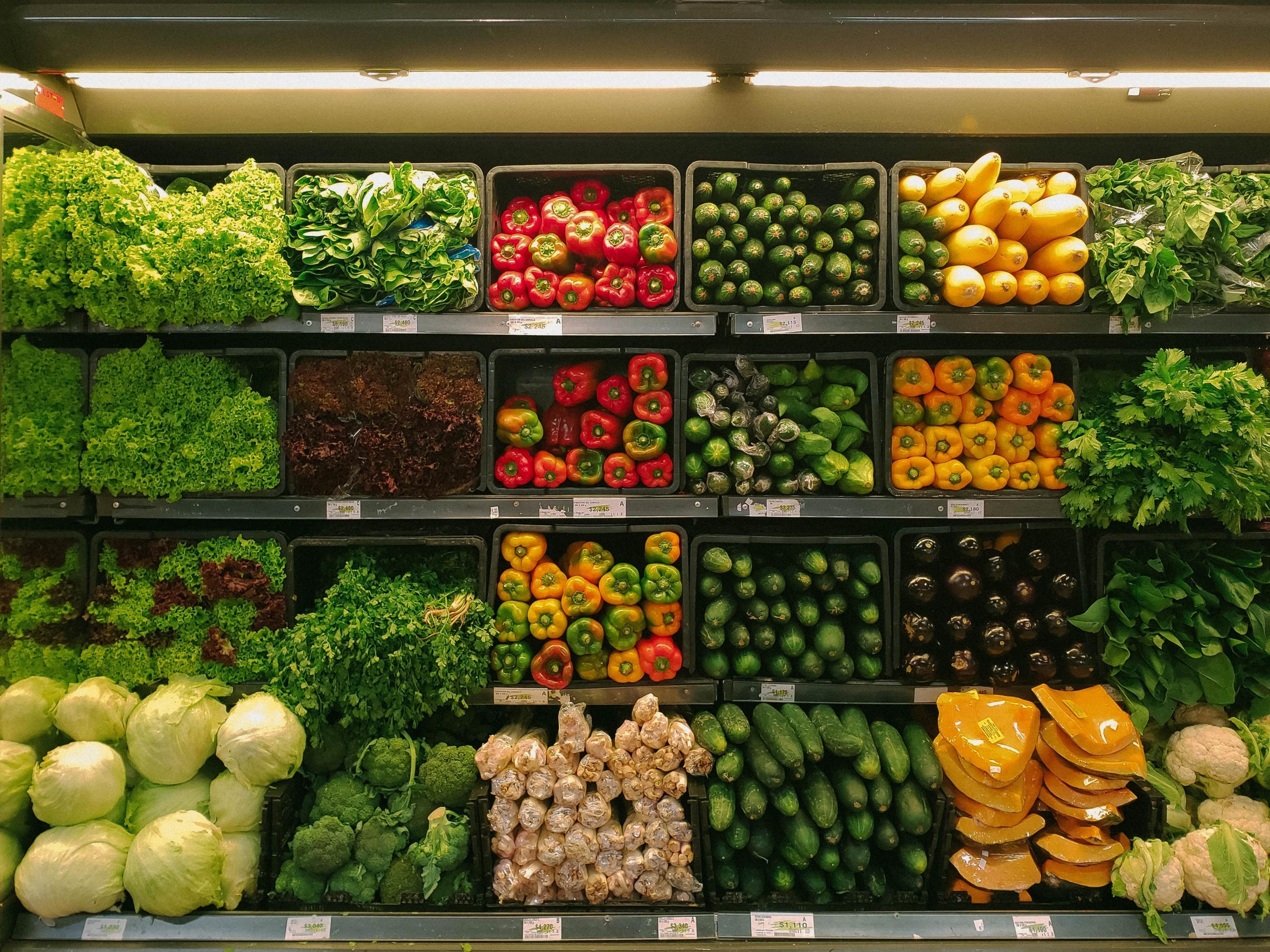Táplálkozás tudományi szakemberek pontosan kiszámolták, hogy mit és mennyit (v)egyél élelmiszerekből karantén idején